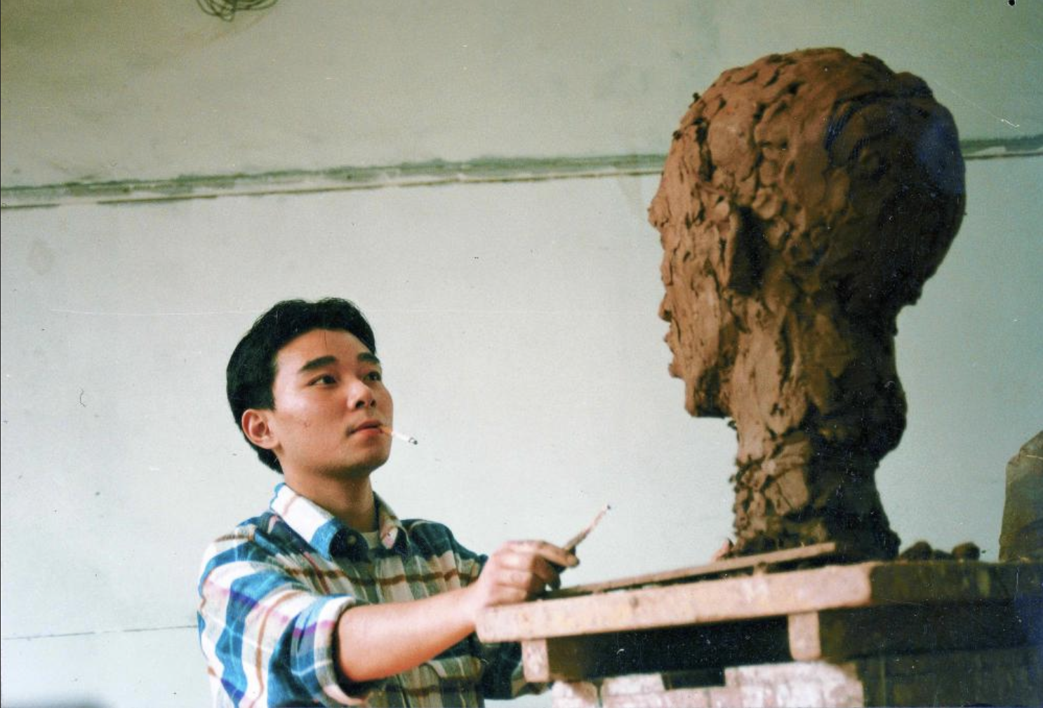 "30 Years Ago: A ""Leather Jacket"" Youth's Past in Chongqing – Part 2"
